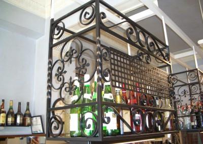 Varias botelleros