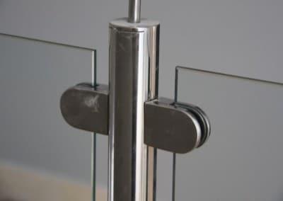 Huecos de escalera inox-vidrio