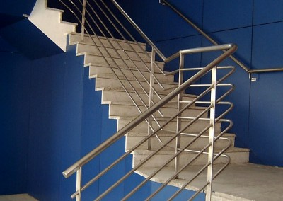 Huecos de escalera inox