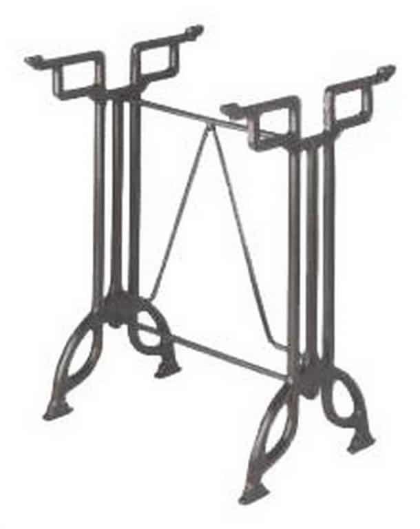 Varias mesas y sillas de forja en bizkaia montajes ezkur for Mesas y sillas de forja