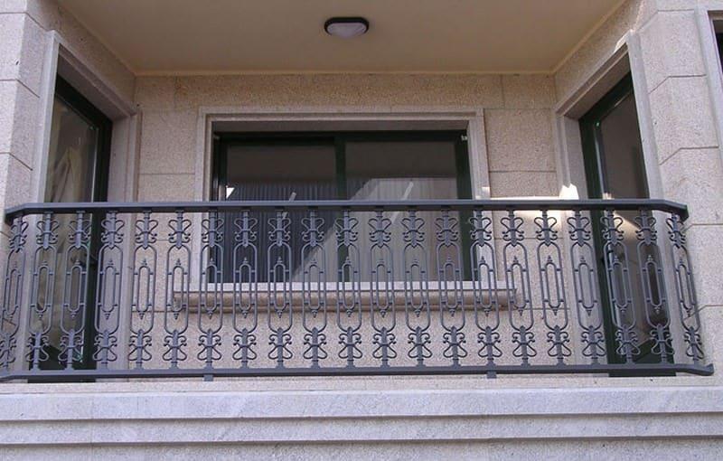 Balcones de aluminio en bizkaia montajes ezkur - Cerramientos de aluminio para balcones ...